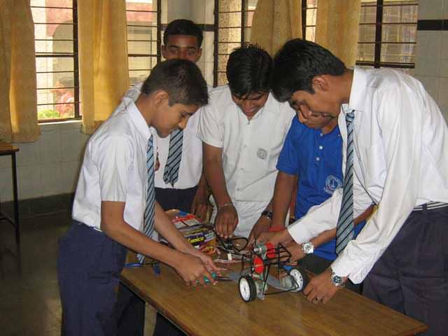 advance level 8051 robotics system Training