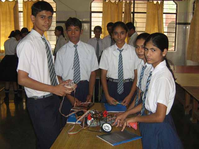 robotics workshop in school