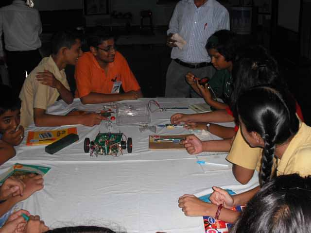 how to find top level robotics workshop in Haridwar?